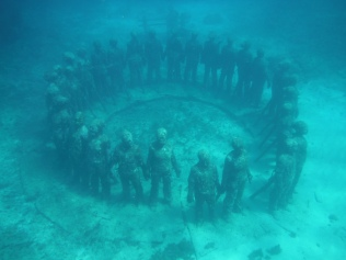underwater circle